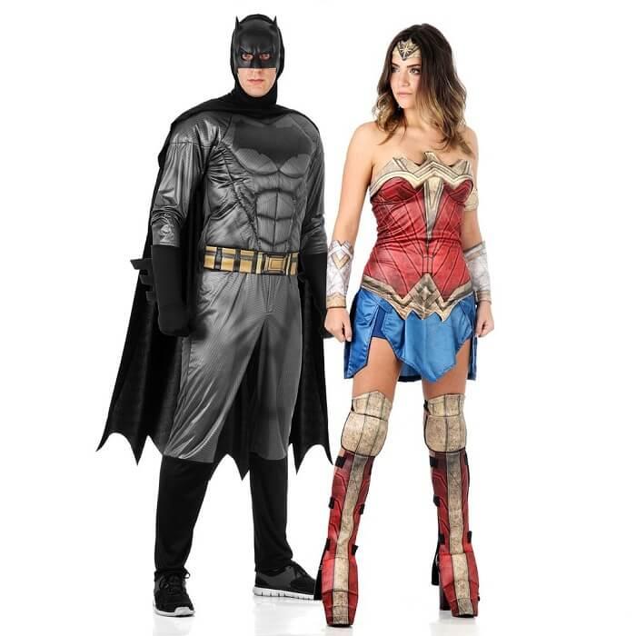 Fantasia para casal de carnaval do Batman e Mulher-Maravilha
